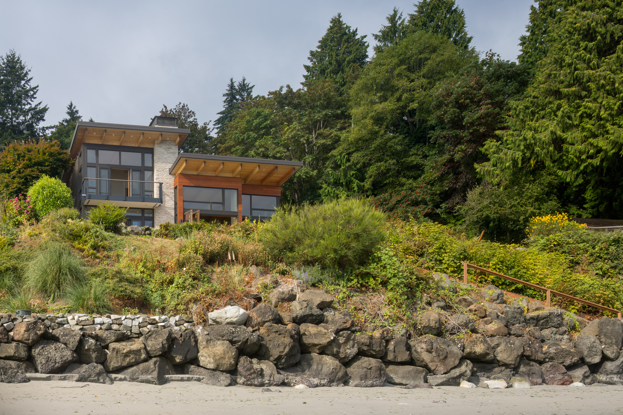 Bainbridge Island Retreat. Coates Design Architects