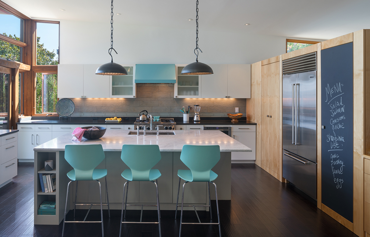 Bainbridge Island Retreat Kitchen. Coates Design Architects